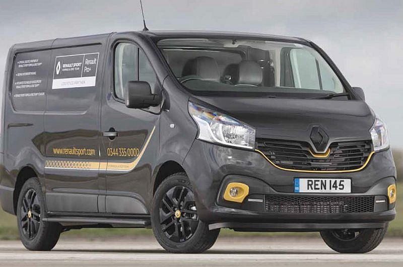 Trade Van Driver June 19 Renault Trafic Review